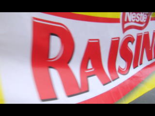 """California Town Renamed """"RAISINETS City"""" and Receives Local Food Bank Donation RAISINETS Also Kicks-off The Star Struck Sweepstakes"""