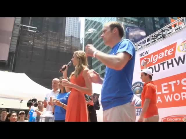 1,142 Consumers joined actress and TV host, Stacy Keibler, to set a new GUINNESS WORLD RECORDS® record in New York's Times Square