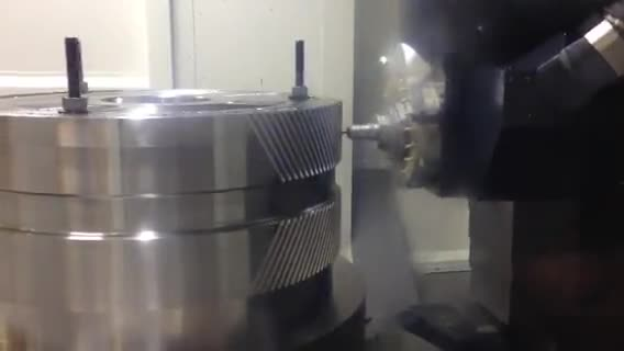 Forty-second video shows how the new equipment mills gear teeth.
