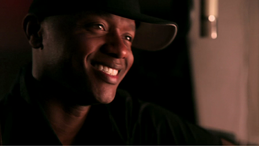 "Javier Colon featured in a four-part ""Dads Who Rock"" video series"
