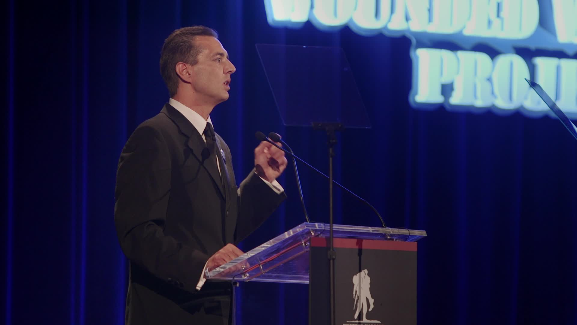 WWP CEO Steve Nardizzi announces hospital collaboration initiative at the Courage Awards and Benefit Dinner in New York.