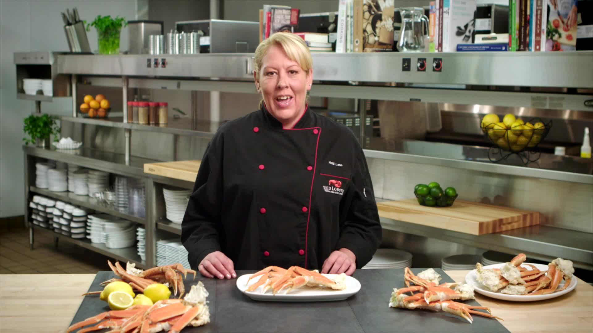 Red Lobster Chef Heidi gives some tips and tricks on how to make crab cracking a snap!