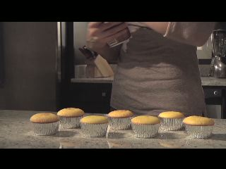 """Watch how Amazing Glazes make any delicious dessert """"sing."""" Created by Josh Binder, a Chicago-based director, """"Hip Hop Cupcakes"""" is the first of a series of four videos made by Filmaka in partnership with Duncan Hines. Each director offers their own interpretation of the passion, creativity and fun behind baking that the Amazing Glazes toppings inspire."""