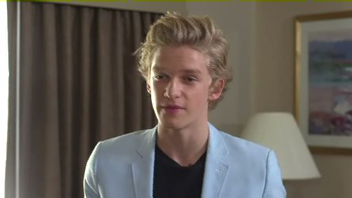 Cody Simpson announces new Hallmark greetings to connect with fans.