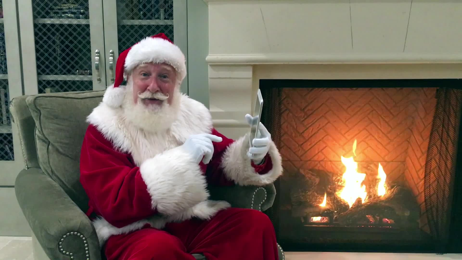 """Be a holiday hero - gift Skoozi's """"Santa Claus for a Cause"""" benefiting Children's Healthcare"""