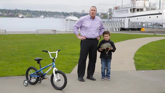 Group Health Bicycle Safety: How to Fit Kids for Bike Helmets